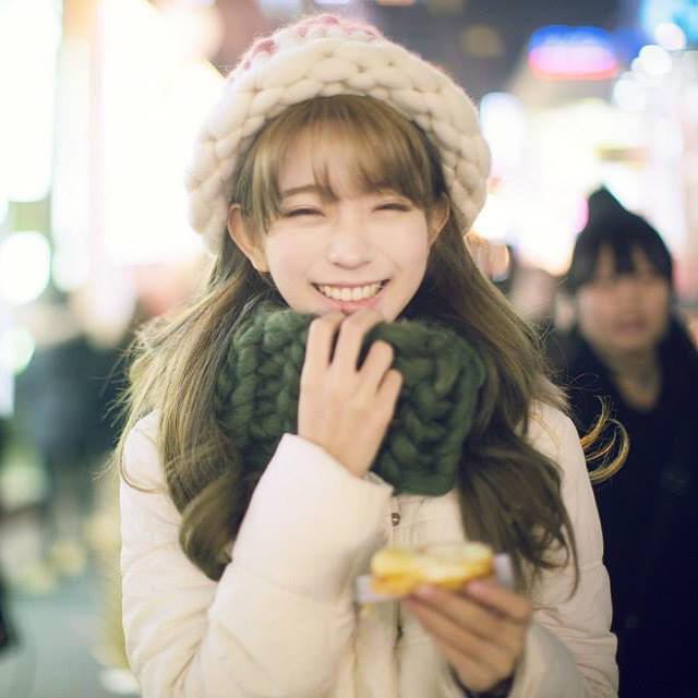 笑容甜美的yurisa