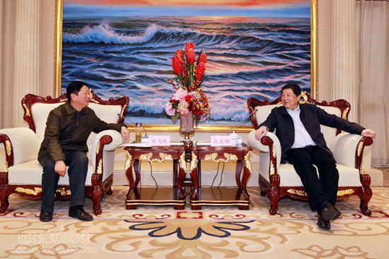 海螺集团董事长高登榜会见安庆市人大常委会副