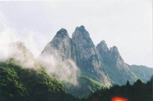 是安徽九华山风景名胜区