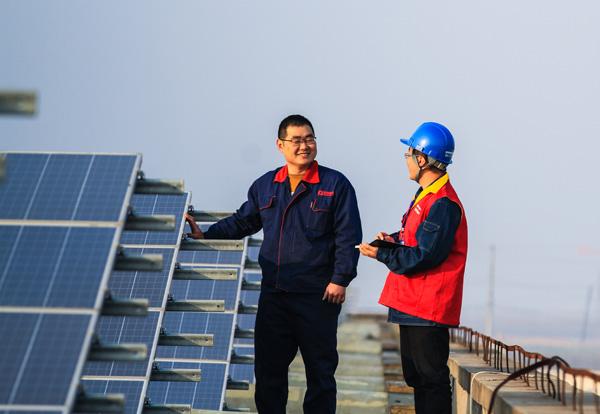 安徽铜陵:服务光伏发电项目 助力企业节能增收