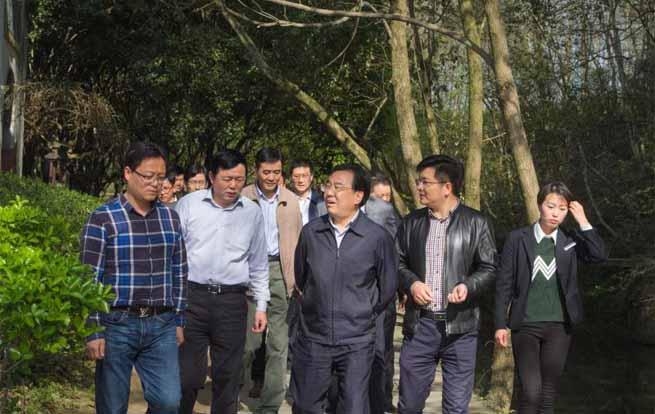 省委副书记信长星莅临唐模景区调研乡村旅游产业