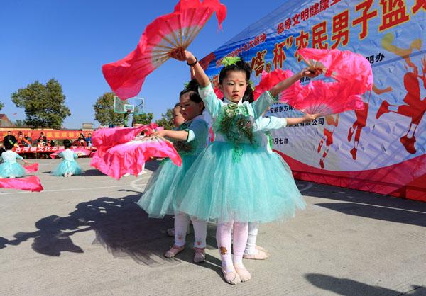 安徽全椒:草根篮球赛助推乡风文明