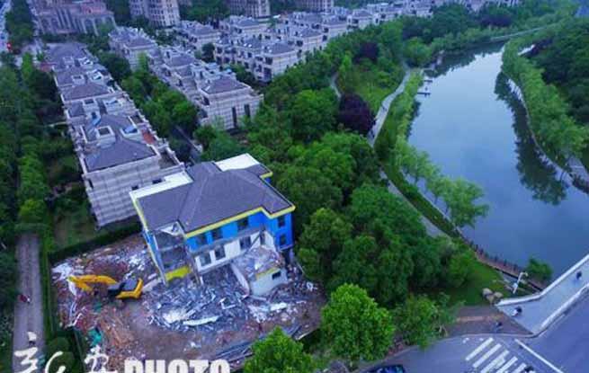 合肥内森庄园别墅区幼儿园私自扩建 违建被拆除