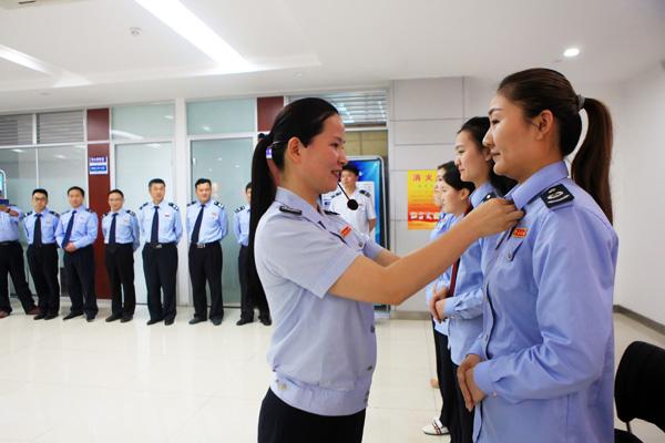 濉溪县国地税联合办税服务中心开展文明礼仪培训
