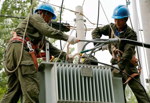 太和供电集中消缺隐患提升供电服务