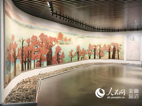 国内最大幅木刻原板版画《巢湖颂》正式对公众开放展出