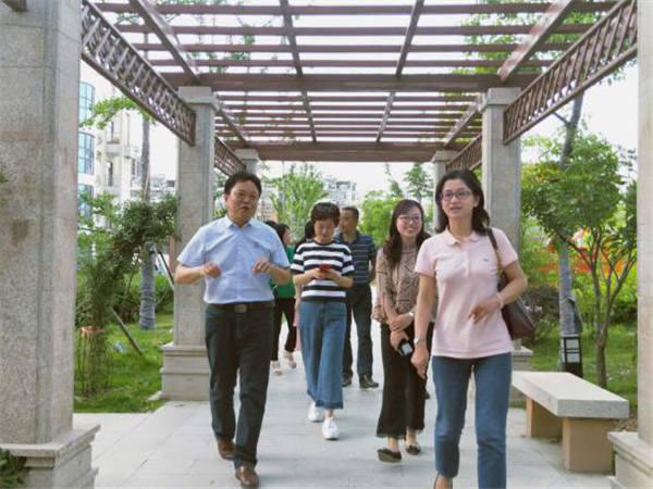 合肥市跨区域吴蓉・李晓光名校长工作室开展主题阅读教学研讨会