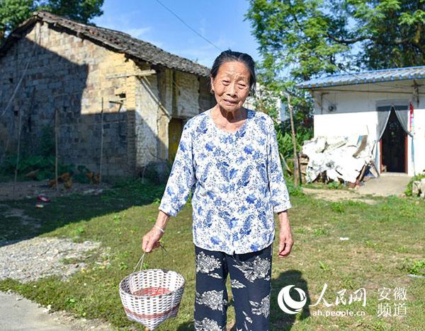 安庆耄耋女兵13岁参军 回乡务农50余年感恩好时代