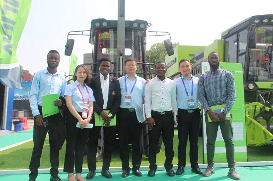 """中联重科亮相中非经贸博览会打造农机合作""""非洲方案""""_V6发动机"""