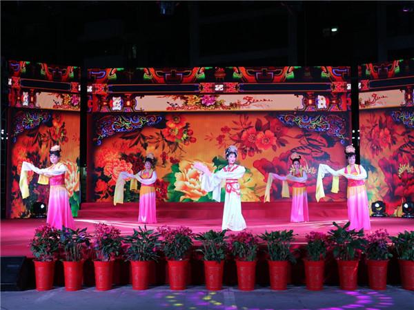 肥西上派镇举办首届群众文化节暨新华社区文艺汇演