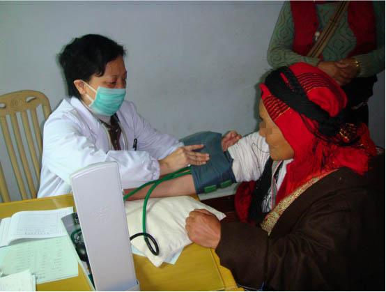 """""""有温度的医生""""王巧民:身心同治,用心对待每一位患者"""